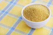 碗的小米 — 图库照片
