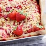 Homemade strawberry pie — Stock Photo #66951741