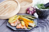 Fresh vegetables and fish — Stock Photo