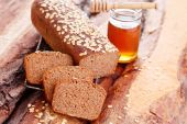 Bread with honey and oats — Foto de Stock