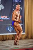 Participant in the category Men classic bodybuilding — Stock Photo