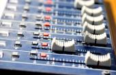 Tweaking sound board — Stock Photo