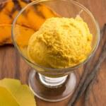 Pumpkin ice cream — Stock Photo #58263143