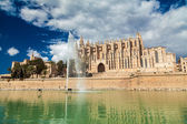 Palma Cathedral in Mallorca — Stock Photo
