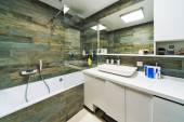 Beautiful Bathroom in Luxury flat. — 图库照片