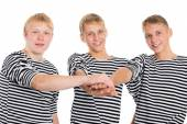 Young men in friendship joined his hands — Stockfoto