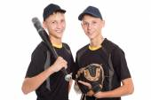 Twin brothers - young baseball players  — Стоковое фото