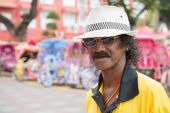 Portrait of an unusually flamboyant Malay man — Stock Photo