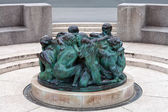 The Well of Life, sculpture made by famous Croatian sculptor Iva — Stock Photo