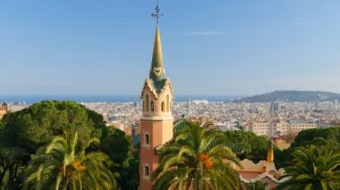 Barcelona skyline view from Guell park — Stock Video