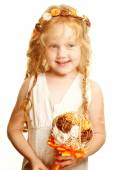 Little princess posing with bouquet — Stock Photo
