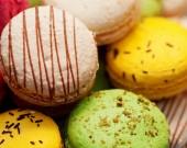 Délicieux macaron coloré — Photo
