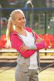 Sportovní dívka venkovní — Stock fotografie