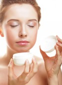 Beautiful spa girl holding jar of cream — Foto de Stock