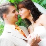 The walk of newlyweds — Stock Photo #74582923