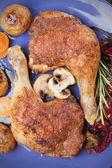 Cosce di pollo arrosto — Foto Stock