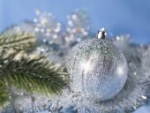 Silvery New Year's ball, small depth of sharpness — Stock Photo