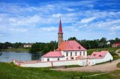 Priory Palace in Gatchina, Russia (built in 1799) — Stock Photo