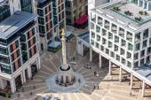 LONDON -AUGUST 13: Monument to Great Fire on August 13, 2014  in — Stock Photo