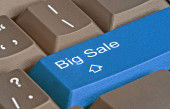 Keyboard with key for big sale — Stock Photo