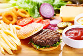 hamburger with fresh vegetables  — Stock Photo