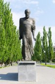 Monument to famous writer  F.M. Dostoevsky. Omsk, Russia. — Stock Photo