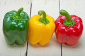 Fresh bell peppers — Stock Photo