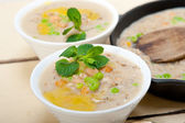 Hearty Middle Eastern Chickpea and Barley Soup — Stock Photo