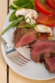 Beef filet mignon grilled with vegetables — Stock Photo