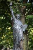 Paris - Luxembourg Gardens. Model of the Statue of Liberty — Foto Stock