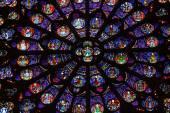 Paris, Catedral de Notre Dame. Transepto sul rosácea. Local de Património Mundial da Unesco. Paris, França — Fotografia Stock