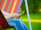 Young Woman Using Mobile Smart Phone Outdoors — Foto de Stock