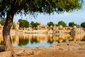 Gadi Sagar (Gadisar) Lake, Jaisalmer, Rajasthan, India, Asia — Stock Photo