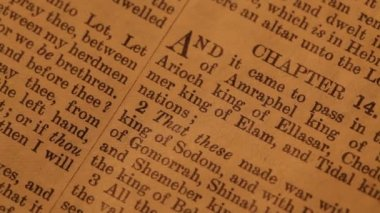 Bibeln — Stockvideo