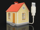 House and Computer Cable (clipping path included) — Stock Photo