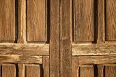 Старая деревянная дверь — Стоковое фото