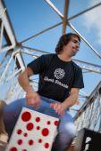 Flamenco percussionist playing on cajon — Stockfoto