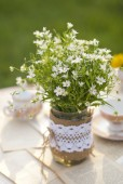 Wildflowers on the table — Stock Photo