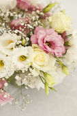 Beautiful flowers on table in wedding day — Stock Photo