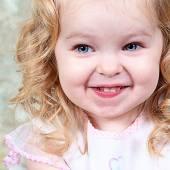 Beautiful Little Girl Posing — Stock Photo
