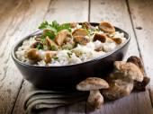 Cep 食用キノコのリゾット — ストック写真