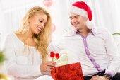 Pareja feliz navidad — Foto de Stock