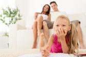 Šťastná rodina doma — Stock fotografie