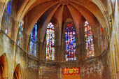 Window in Catholic temple — Stok fotoğraf