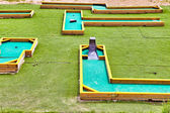 Mini-Golf field in summer day — Stock fotografie
