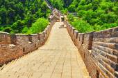 """Stone staircase of Great Wall of China, section """"Mitianyu"""". — Stock Photo"""