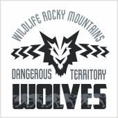 Head Wolf -  North American ornamental style. — Stock Vector