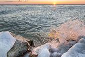 Sunrise By The Lake Balaton in Winter, Hungary — Stock Photo