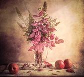 Fall Autumn autumnal bouquet Still Life apples sprigs — Stock Photo
