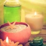 Oil massage aromatic candles stones Zen — Stock Photo #55048263